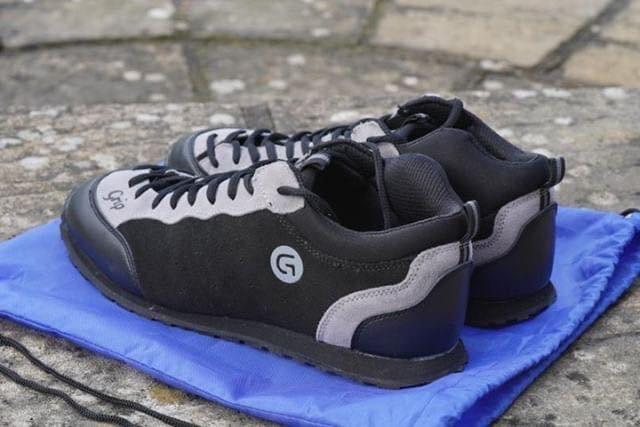 grip_shoes_02.jpg