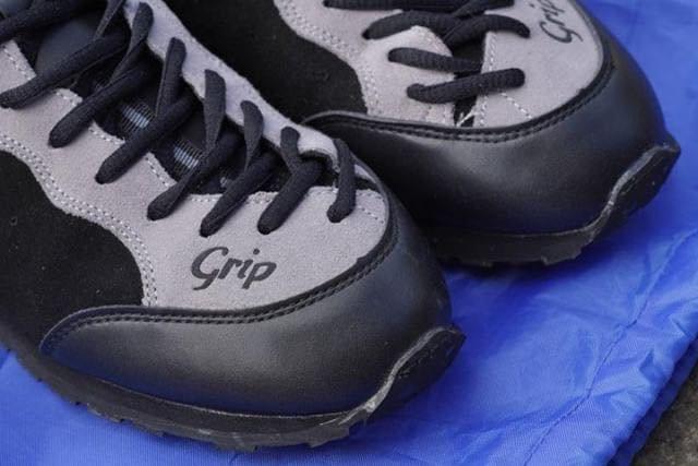 grip_shoes_03.jpg