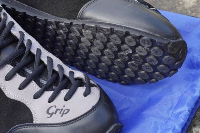 grip_shoes_05.jpg