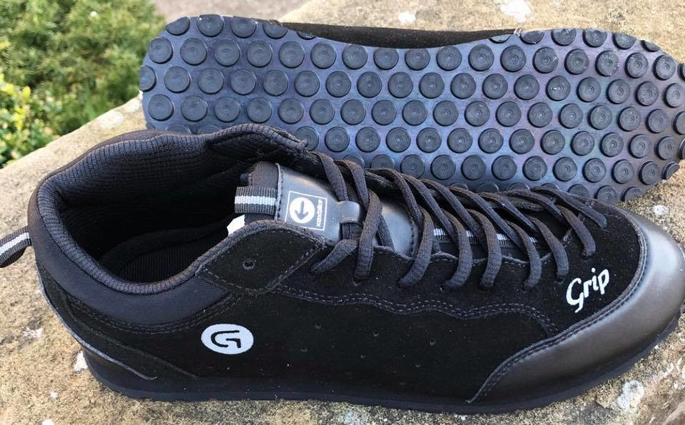grip_shoes_06.jpg